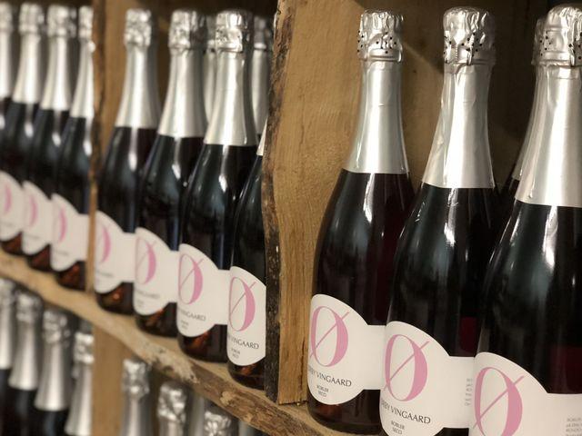 """Das """"Ø"""" auf den Flaschen steht nicht nur für den Ørby Vingaard, sondern auch für Øko."""