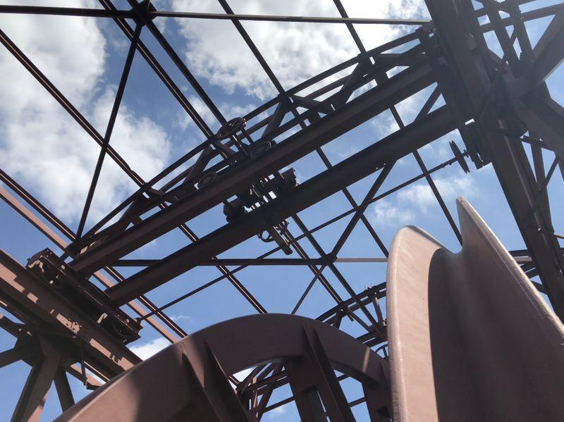Wer sich traut, kann den früheren Förderturm besteigen und aus knapp 35 Metern Höhe die Aussicht bewundern.