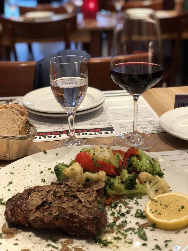 Mit einem guten Essen lassen wir unseren ersten Münster-Tag ausklingen.