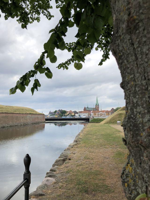 Kronborg_ Stadt_hoch_640
