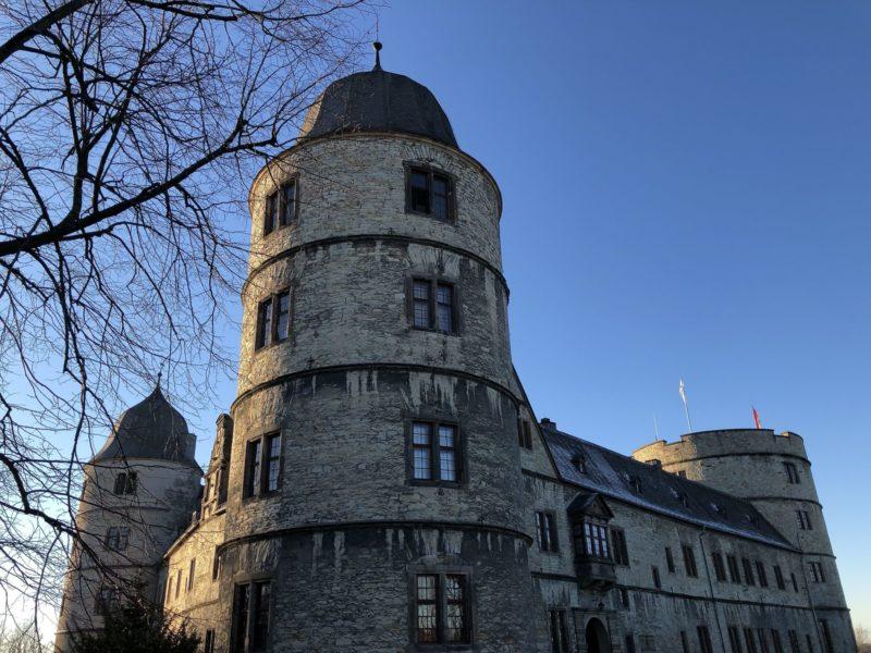 Burg mit dunkler Vergangenheit