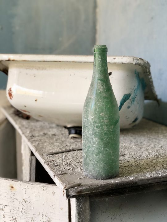 Besuch in Tschernobyl: Wertloser Hausrat erinnert daran, wie überstürzt die Menschen aufbrechen mussten.