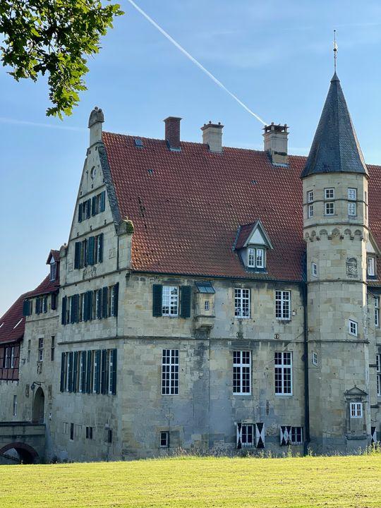 Münsterländer Understatement: Haus bedeutet hier nicht selten Wasserschloss.