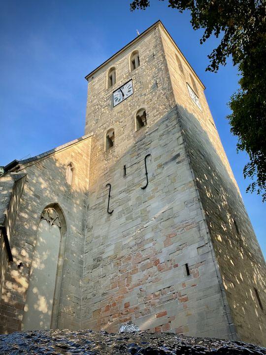 Auch die Katholische Pfarrkirche St. Dionysius besteht aus Baumberger Sandstein.